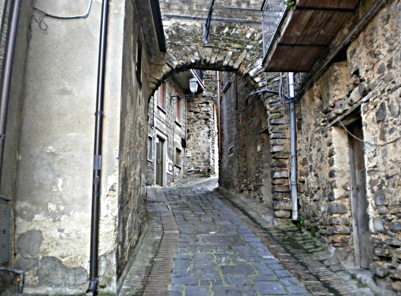 Rofrano-Cilento-porta s.antonio