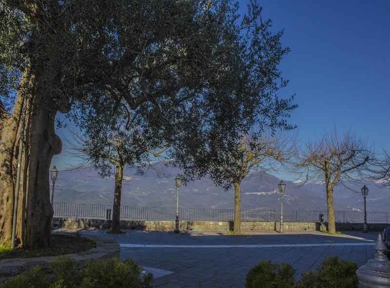 Piazza_rocca_gloriosa