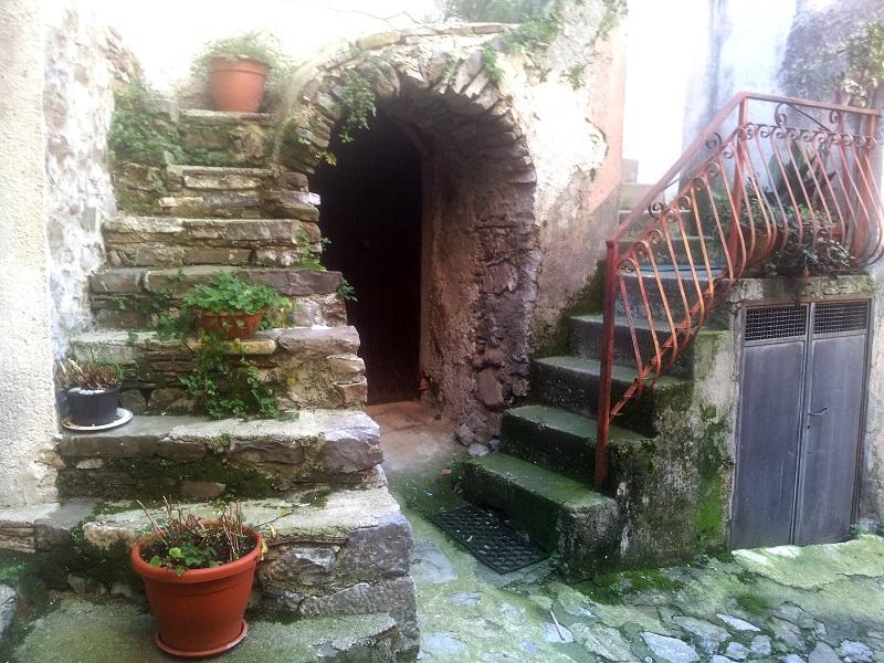 Scale in pietra_Bosco