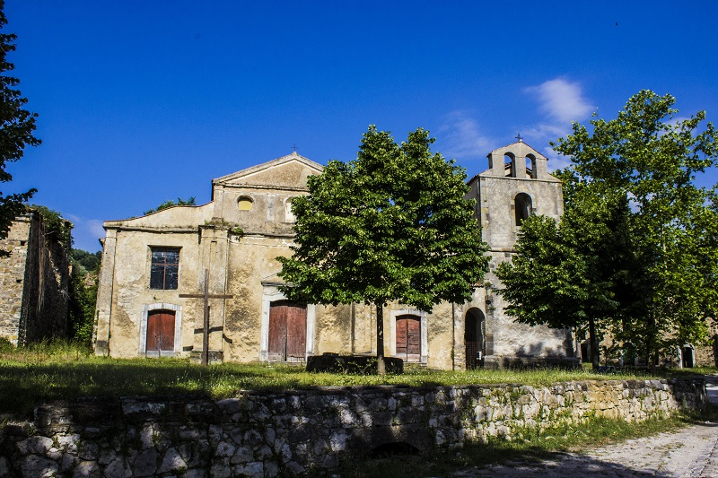 Roscigno_vecchia_chiesa